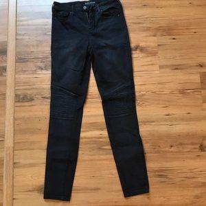 Juniors Bullhead denim jeans